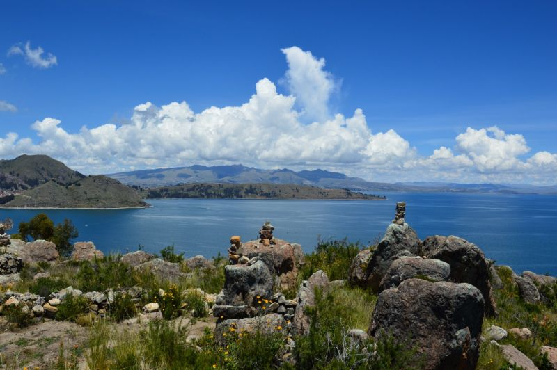 Not only bolivia mountains are high, lake Titicaca lies almost at 4000m